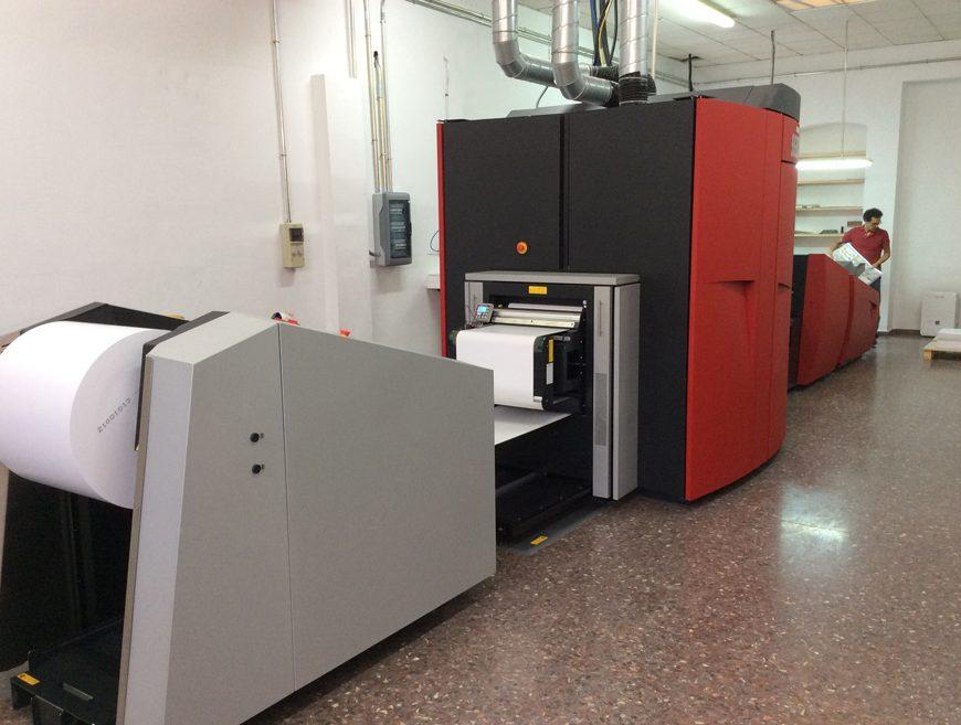 BLAUVERD IMPRESSORS Xeikon 9600 impresion digital. Imprimir libro. Imprimir carteles. Imprimir folletos.